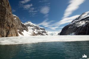 Stały lód. Dalej nie popłyniemy