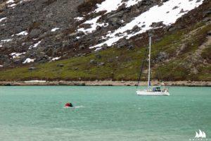 Na kotwicy w fiordzie Kangikitsoq