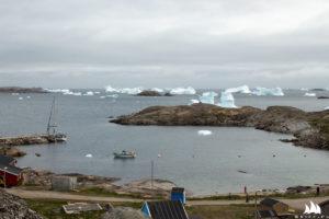 Sporo gór lodowych na podejściu