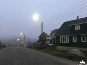 Paamiut w nocnej mgle