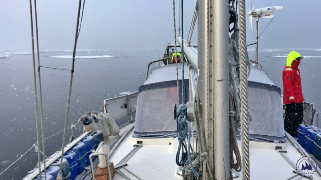 jacht crystal Arktyka lód