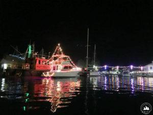 Świąteczne oświetlenia na statku w St. George