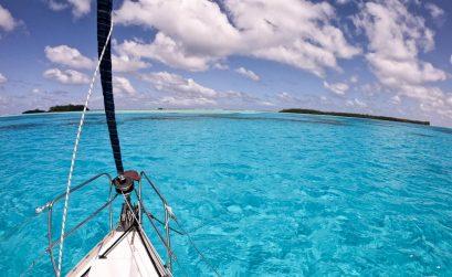 jacht crystal turkusowa woda polinezja francuska