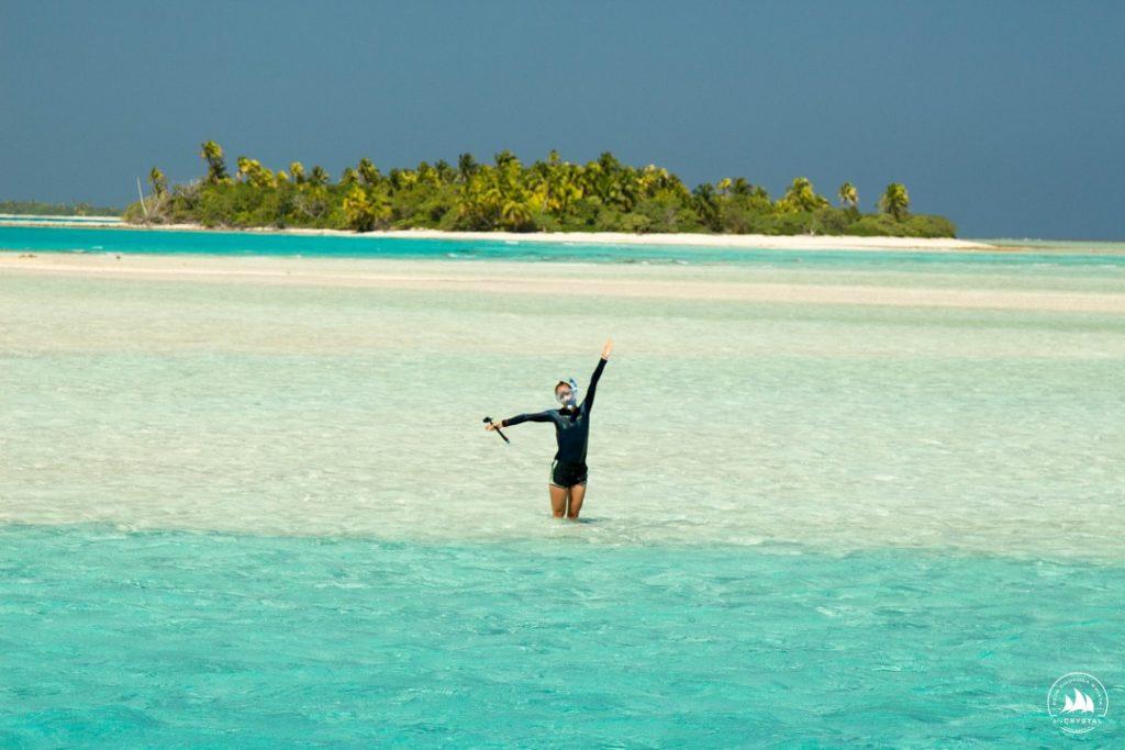 Tuamotu-polinezja-francuska-turkosowa-woda