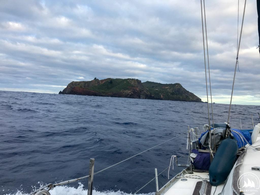 Jacht Crystal wyspa Pitcairn