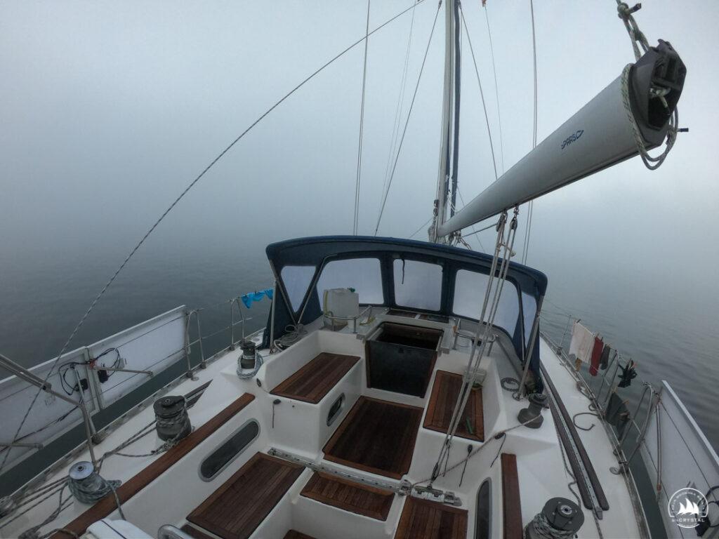 Jacht Crysl - gesta mgła San Francisco