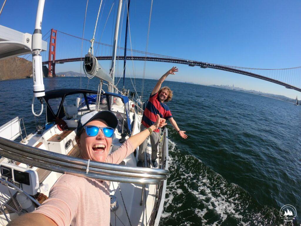 Jacht Crystal przed Golden Gate
