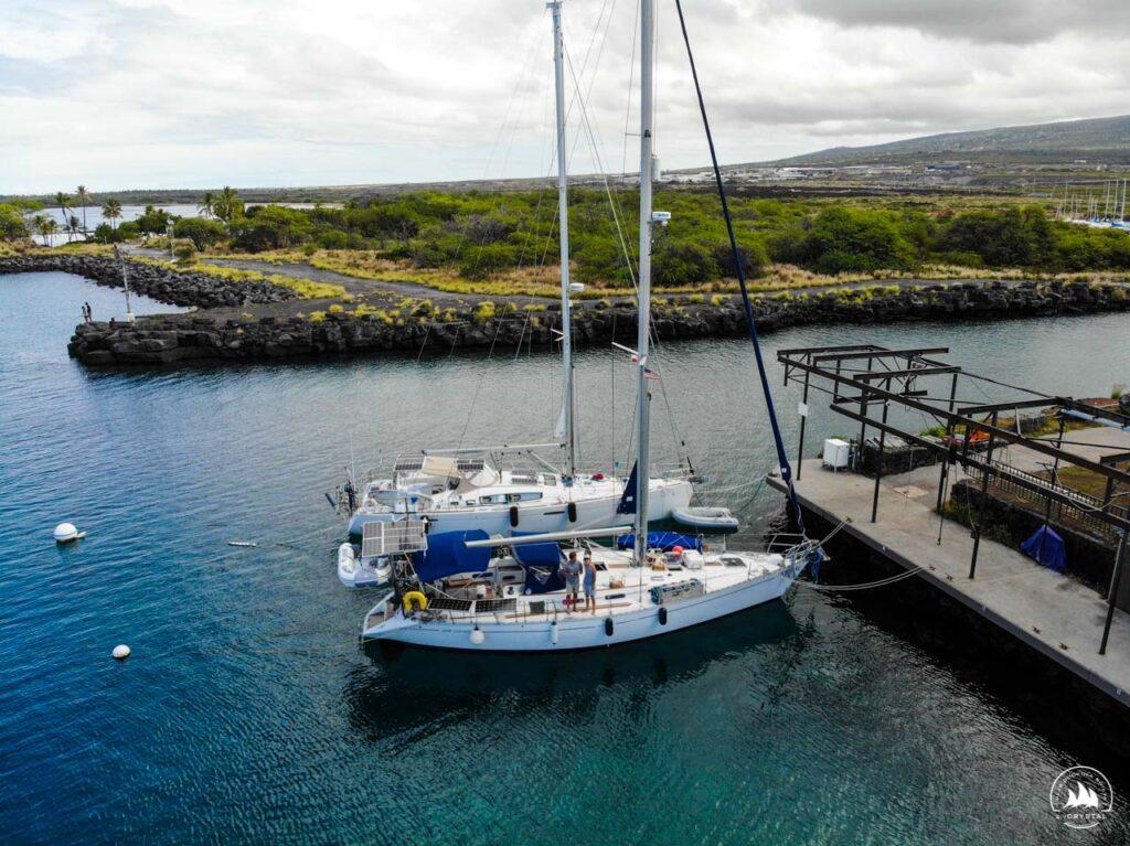 Jacht Crystal w marinie na Big Island, Hawaje