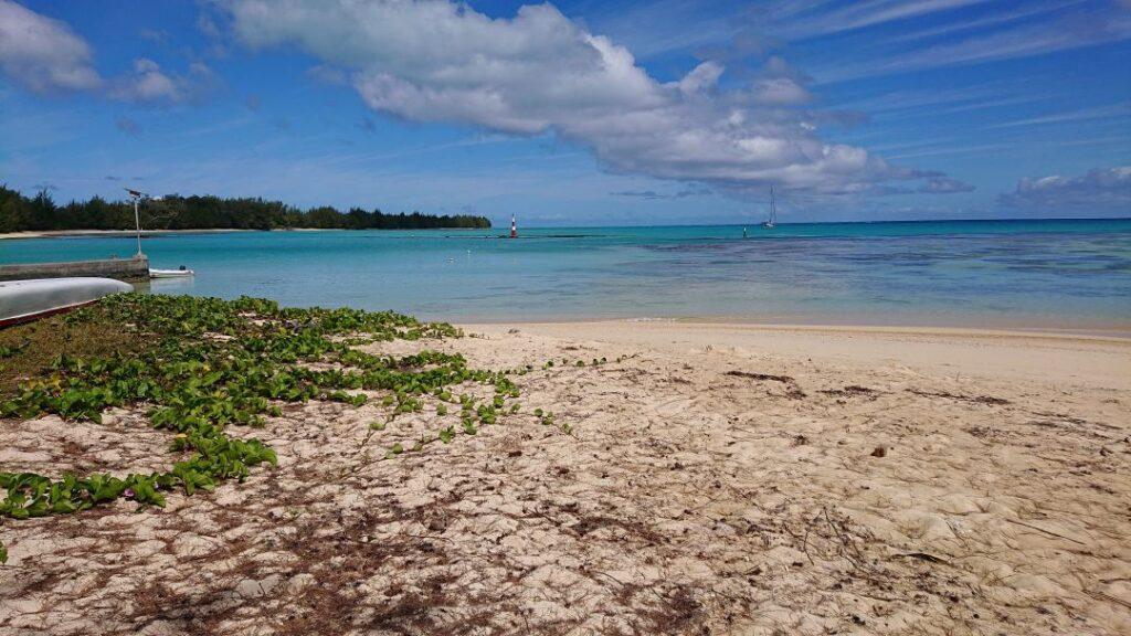 Tubuai laguna rejs morski jacht Crystal